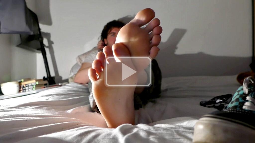 french skater feet