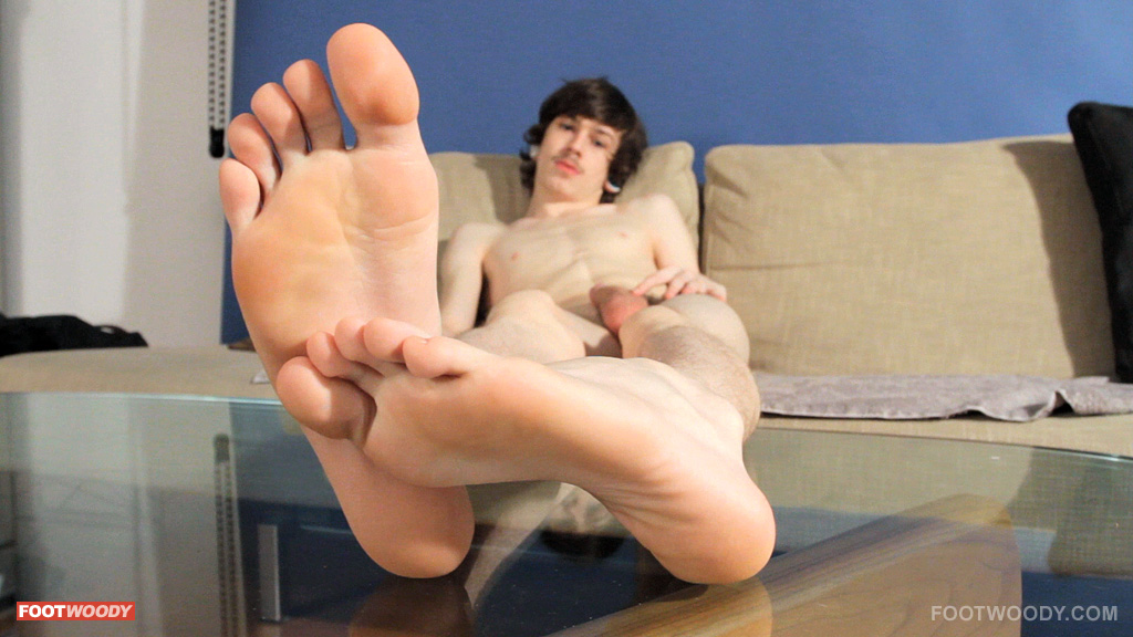 cute little skater feet after shooting his load