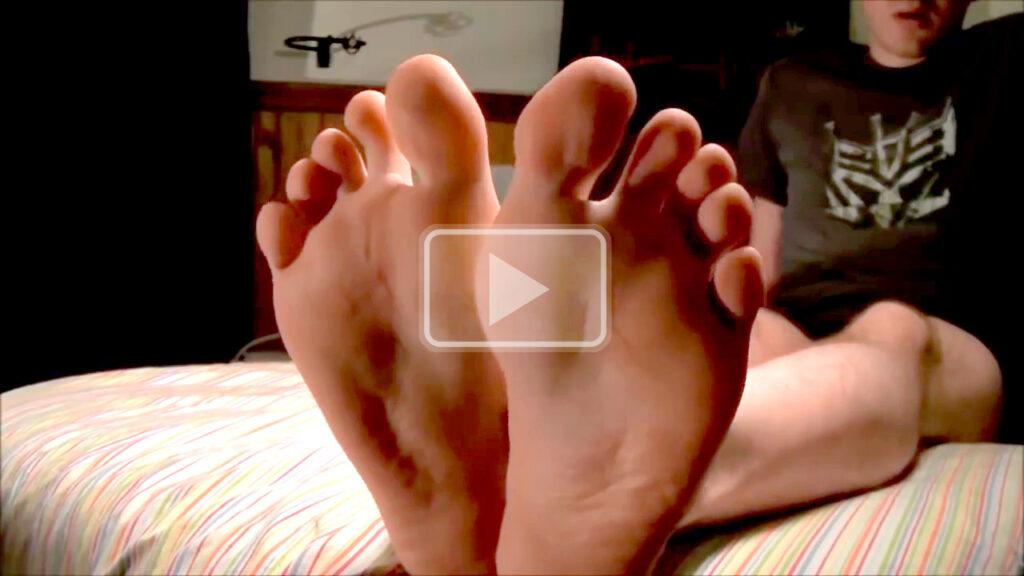 flip flops and bare feet